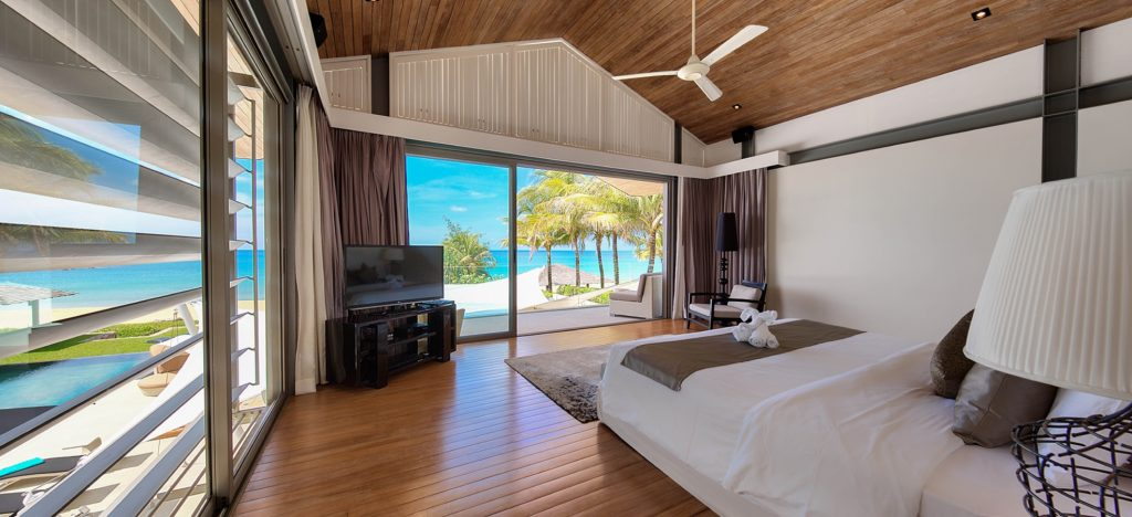 Upstairs Master Bedroom including American King Size Bed with seaview